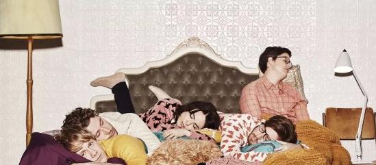 澳大利亚同性喜剧,1-4季,高评分,超级搞笑