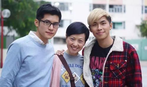 香港同性电影《爱不难》叛逆男遇职场帅哥,正能量挽救家庭